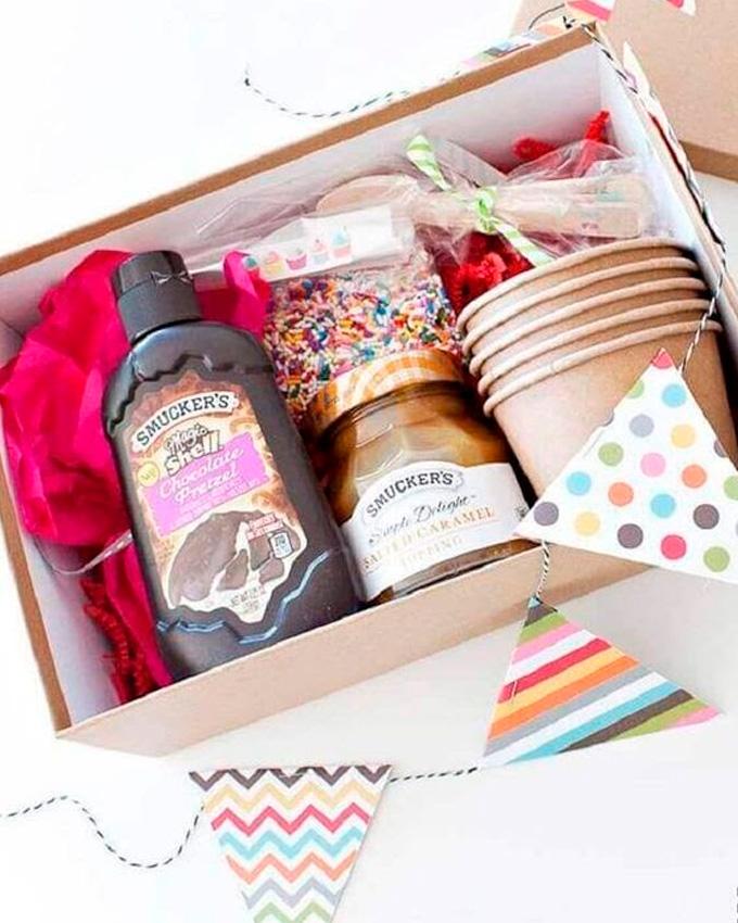Caixa de doces para festa em casa Cheers