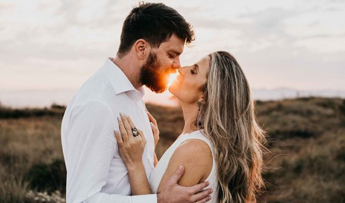 Tendências de casamento para 2021: Pré-wedding com troca de votos - Cheers