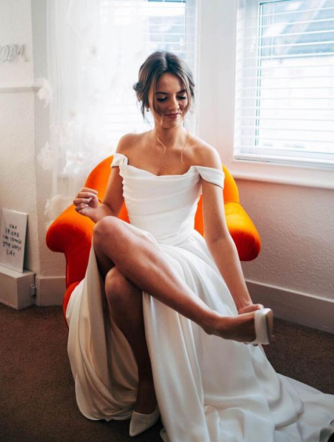 Vestidos de noiva minimalistas - Cheers